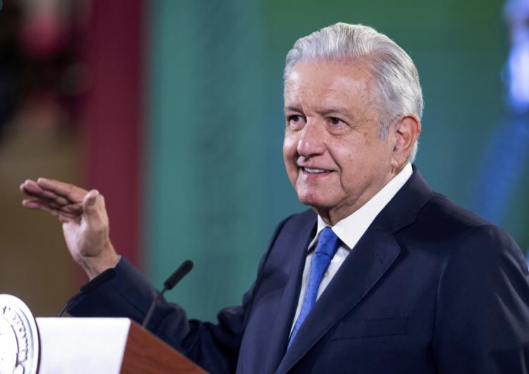 López Obrador revela que su hijo menor, Jesús Ernesto, dio positivo a covid-19