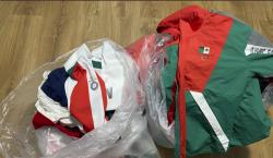 Softbolistas mexicanas tiran a la basura sus uniformes tras quedar…
