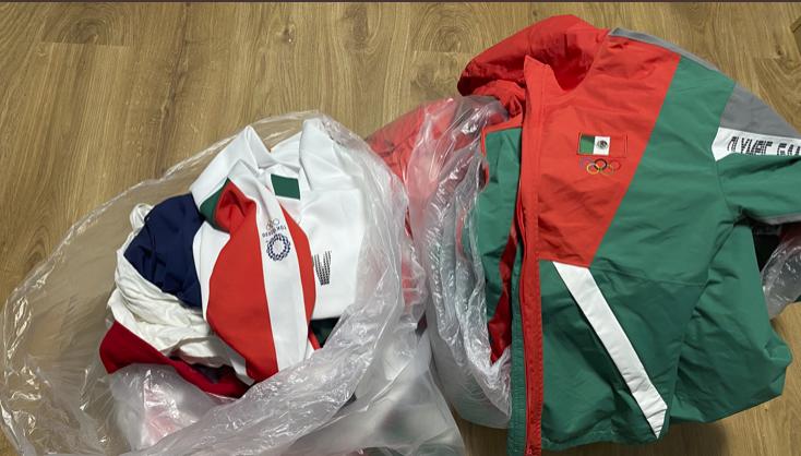Softbolistas mexicanas tiran a la basura sus uniformes tras quedar en cuarto lugar; habrá sanciones