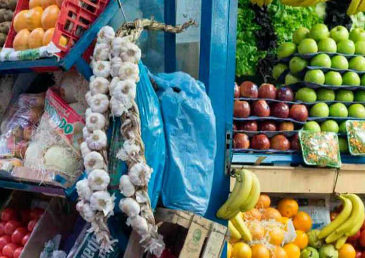 Crisis Covid obliga a tenderos a fiar; bajas ventas ahogan a pequeños comerciantes de Puebla