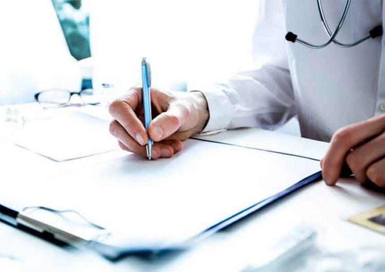 Maestros y alumnos de Puebla tendrán su historial médico