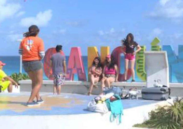 Se fueron a Cancún por fin de cursos y regresaron con Covid a Puebla