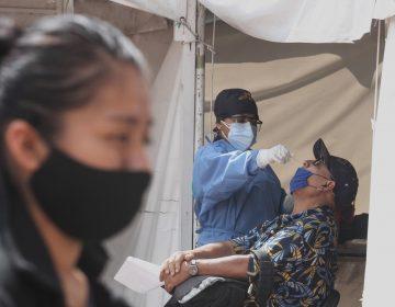 Covid-19: México acepta un repunte en los casos; México alcanza 233,958 defunciones