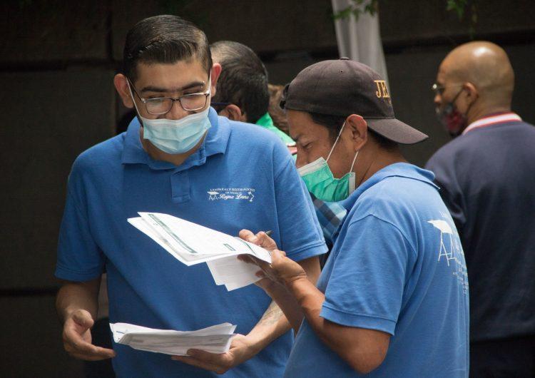 OPS reconoce aumento de casos en México; jóvenes juegan 'rol activo' ante una tercera ola de covid