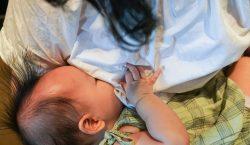 Madres lactantes vacunadas contra covid-19 protegen a sus bebés de…