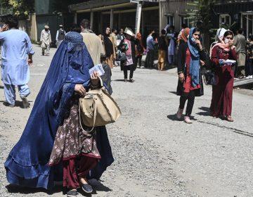 Michelle Bachelet exige investigación firme de violación de derechos humanos en Afganistán