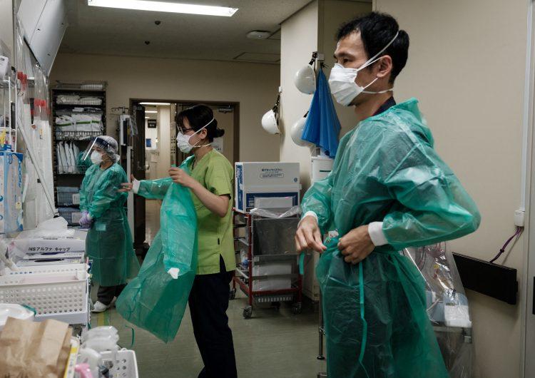 Japón confirma por primera vez más de 18,000 casos de covid-19; 'imposible', controlar variante Delta