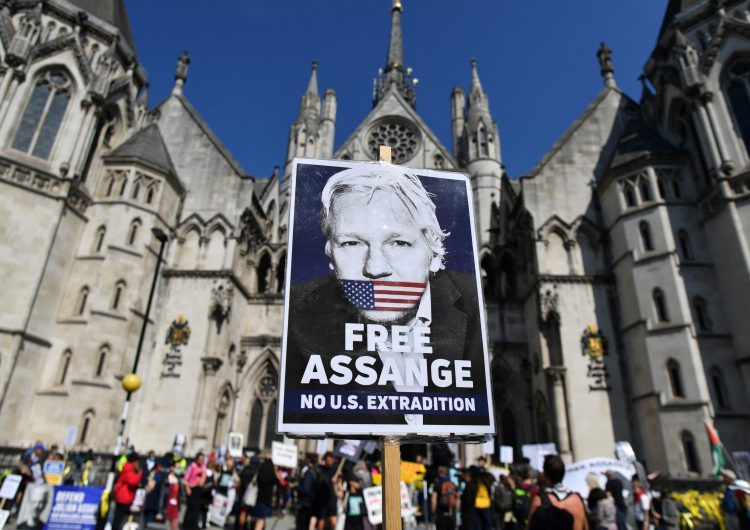 EU gana derecho a impugnar evidencia que afirma que Julian Assange no debe ser extraditado por 'riesgo de suicidio'