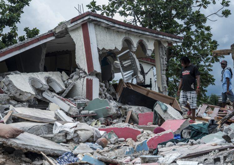 Haití: saldo de muertos por el terremoto llega a 1,941