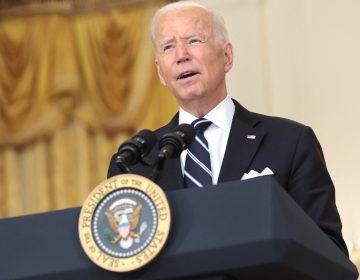 El presidente Biden anuncia que recibirá una tercera dosis de refuerzo contra covid-19