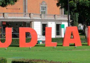 Dan ultimátum a juez para acatar devolución del campus UDLA Puebla