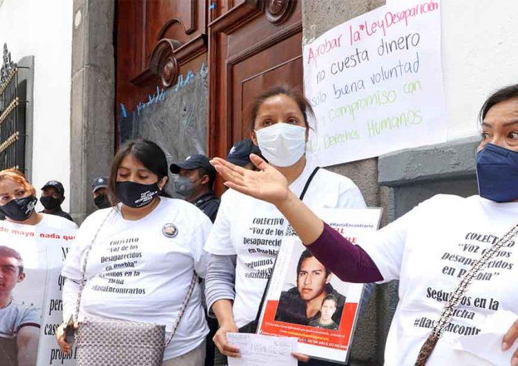 Es humillante el trato de legisladores a familiares de desaparecidos en Puebla
