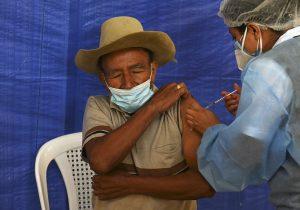 Cómo lograr la inmunidad de rebaño y no morir en el intento