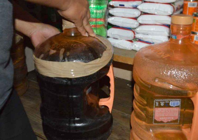 Logran capturar a tendero que vendía alcohol adulterado en Puebla