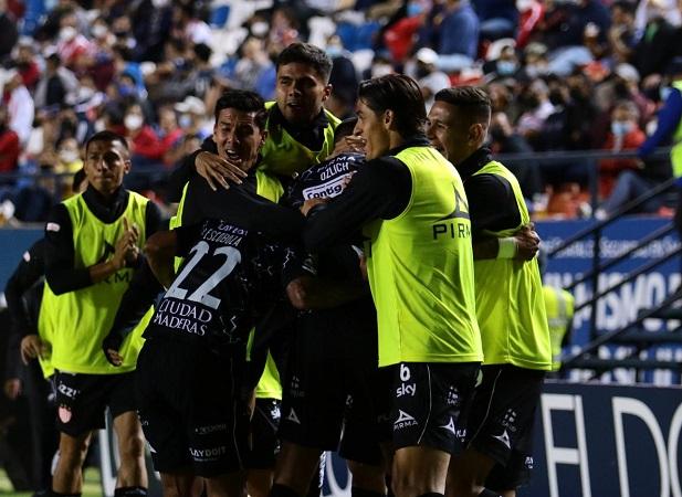 Necaxa derrota al Atlético de San Luis y logra su primer victoria del torneo