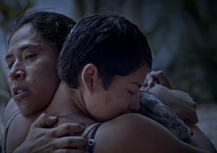 'Noche de fuego', un llamado ante la pérdida de la niñez en la mujer