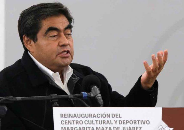 """Periodista denuncia a MBH, reitera que no tiene nexos con """"El Toñín"""""""
