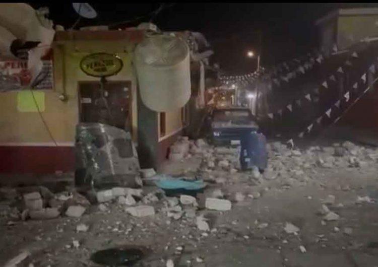 Pirotecnia hizo explotar tanque de gas y derribó segundo piso de casa en Chietla, Puebla