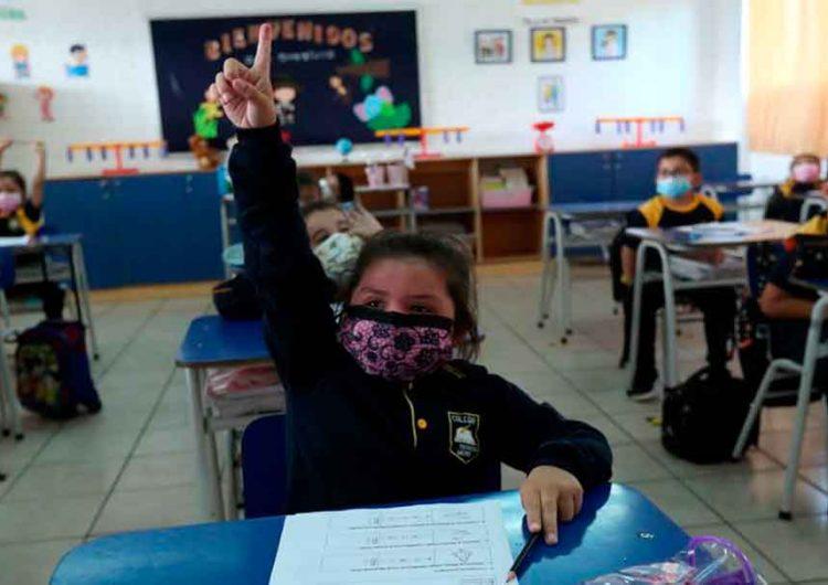 Puebla mantiene el regreso a escuelas el 30 de agosto pese a estar en tercera ola Covid