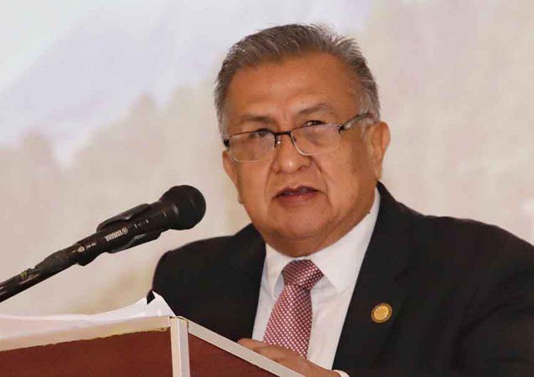 Familiares de víctima de Saúl Huerta, exigen a la FGE evitar que salga del país