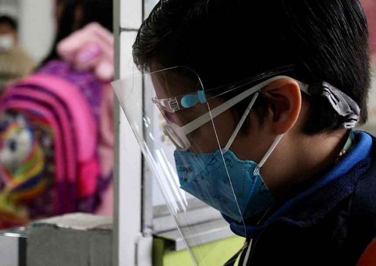 Se incumplieron protocolos sanitarios anti Covid en escuelas de la capital poblana