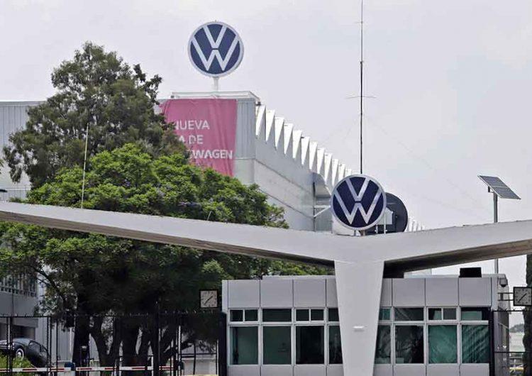 Volkswagen de México y Sitiavw acuerdan aumento salarial de 5.5% directo al salario