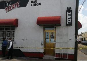Hombre de 50 años murió de un infarto en un bar de la Col. El Llanito