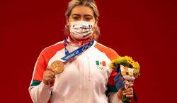 Tokio 2020: la pesista Aremi Fuentes gana tercera medalla de…