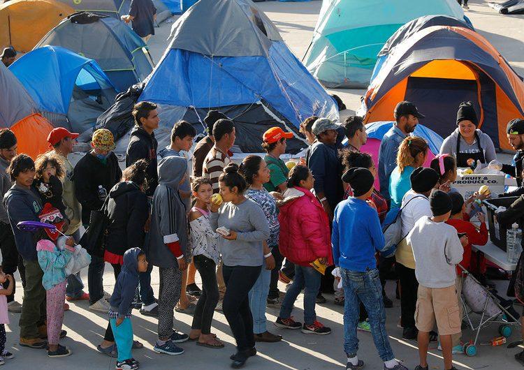 Migrantes expulsados de EU corren riesgo de exponerse a los peligros de los que huían: ACNUR