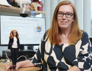 Covid-19: crean barbie inspirada en la creadora de vacuna de AstraZeneca