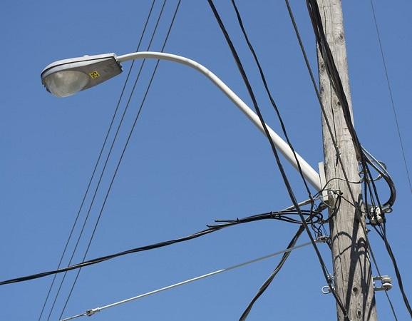 Pega robo de cableado, reflectores y transformadores al municipio de Aguascalientes