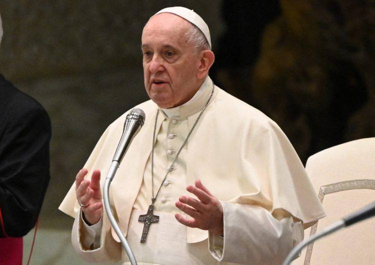 Vaticano: Francisco responde a rumores sobre su renuncia al papado