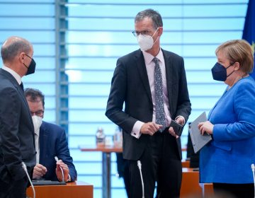Alemania: resultados preliminares anuncian derrota del partido de Merkel