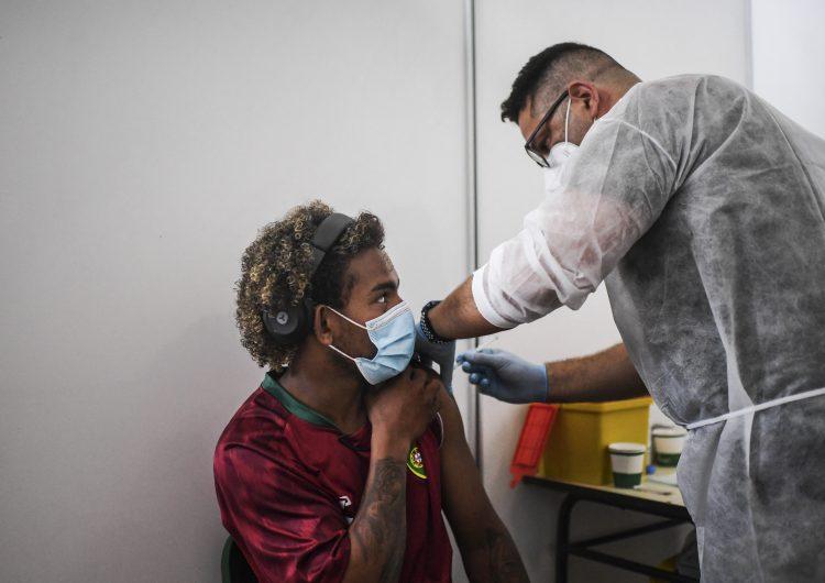 Covid-19: la mayoría de la gente vacunada no necesita dosis de refuerzo, aseguran científicos