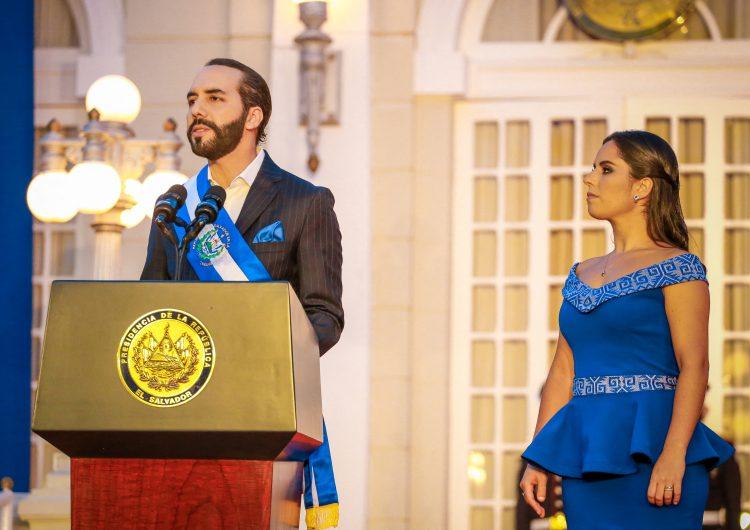 """El Salvador: Bukele ironiza y se autoproclama """"dictador"""" en su cuenta de Twitter"""