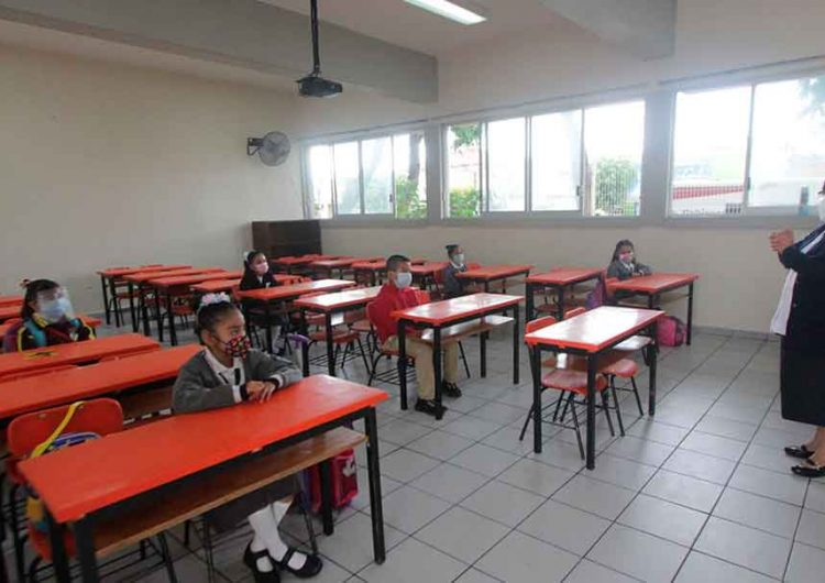 Escuelas de Puebla abiertas el 93% y en clases presenciales el 99% de docentes: SEP