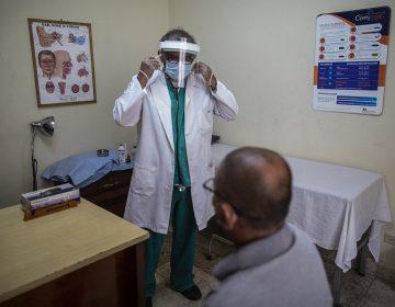 'Cárcel, ruina, represión y exilio': el precio que pagan profesionales de la salud de Nicaragua por hacer su trabajo