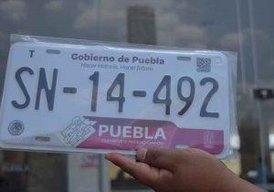 Se regalará la tarjeta de circulación a quien reemplaque de forma voluntaria en Puebla