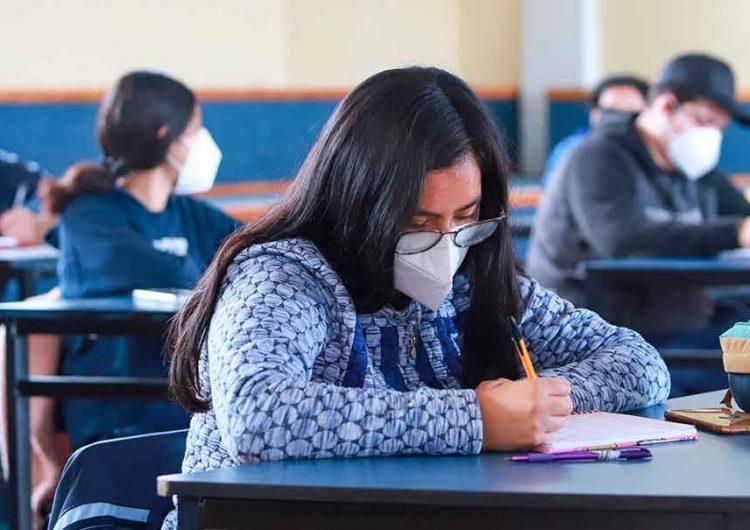 Seguirán las clases presenciales en Puebla pese a contagios en escuelas