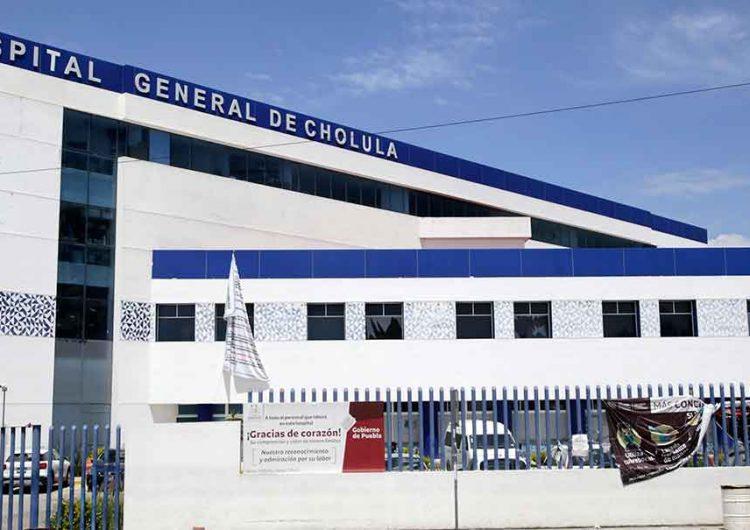 Trabajadores de salud denuncian maltrato laboral en el Hospital Covid de Cholula