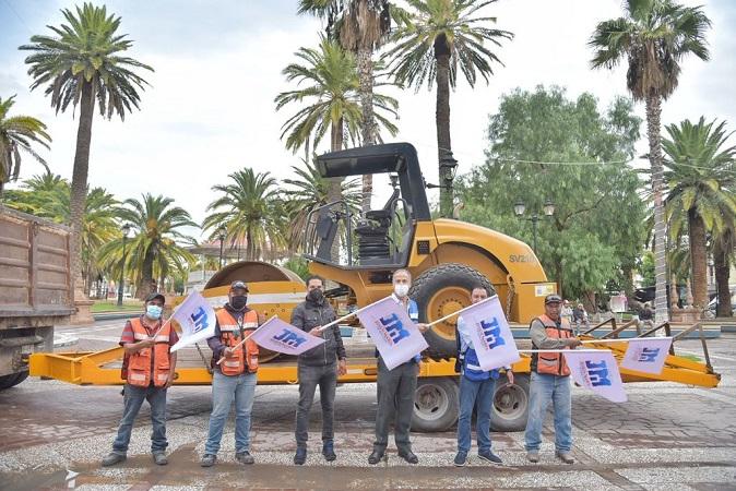 Entregan nuevos vehículos a la Secretaría de Obras Públicas de Jesús María