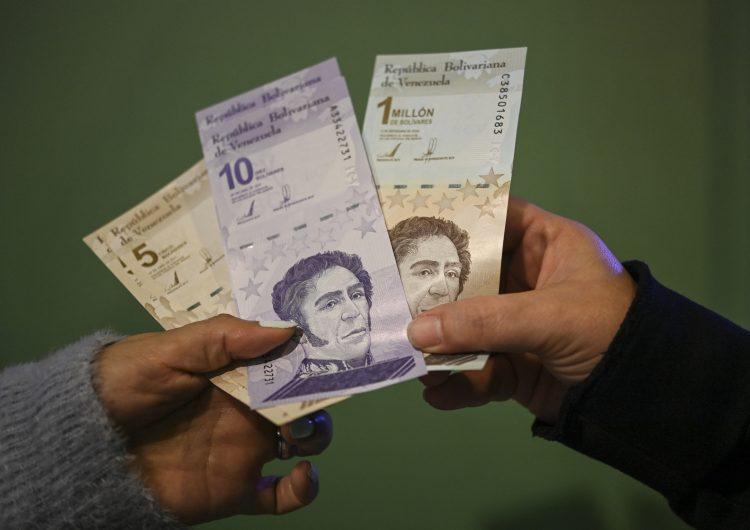 Venezuela elimina seis ceros a su moneda por hiperinflación