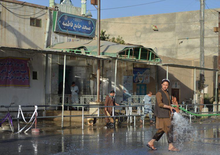 Afganistán: ataque suicida en mezquita deja más de 30 muertos; es el segundo en una semana