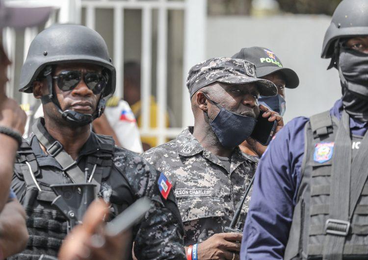 Haití: líder de secuestradores amenaza con asesinar a los 17 rehenes de EU y Canadá
