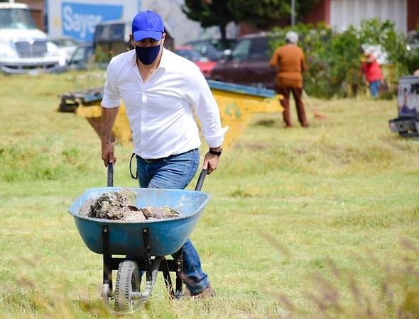 Emprende Leo Montañez jornada de limpieza en Fracc. Agua Clara