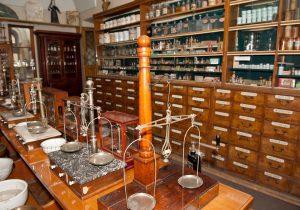Industria farmacéutica, una evolución con mucha historia