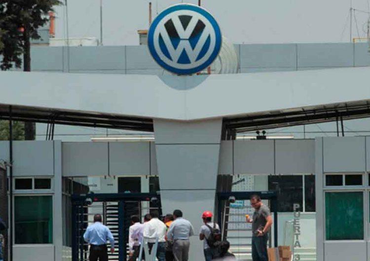 Nuevamente hoy mañana paro técnico en planta Volkswagen de Puebla