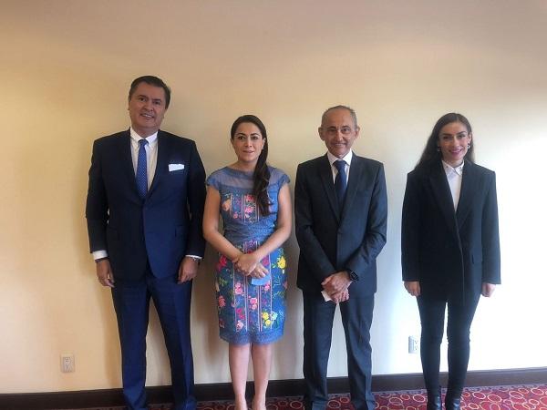 Se reúne Tere Jiménez con vicepresidente de manufactura de Nissan Mexicana