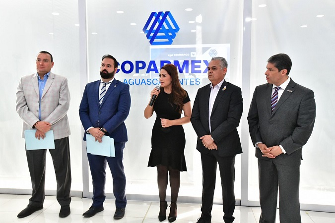 Se compromete Tere Jiménez ante COPARMEX a votar contra Reforma Eléctrica de AMLO