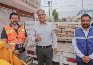 Municipio de Jesús María recibe donación de cemento por parte de empresa
